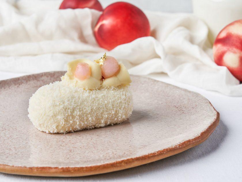 香椰桃子蛋糕